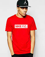 Яркая мужская футболка на лето  Nike