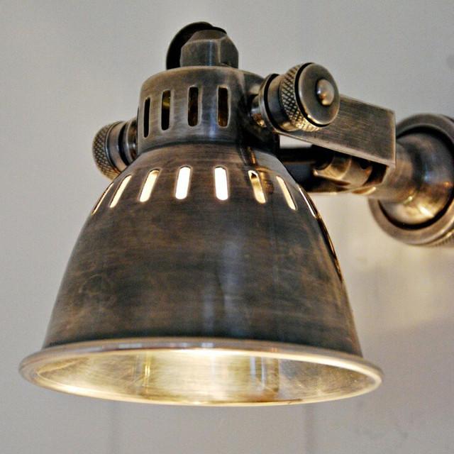 Настінно-стельові світильники (Premium)