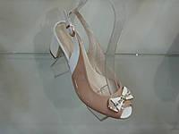 Женские босоножки на не высоком каблуке, фото 1