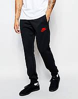 Мужские спортивные штаны Nike    Найк  чёрные имя+галочка красные