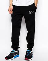 Cпортивные штаны Reebok / Рибок чёрные белый лого