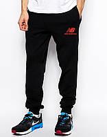 Cпортивные штаны New Balance чёрные лого красное