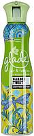 Освежитель для воздуха и тканей Glade Эффект свежести Garden Twist 275  мл