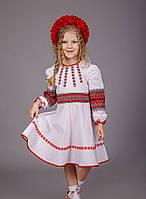 Вышитое платье для девочки с тканой вставкой