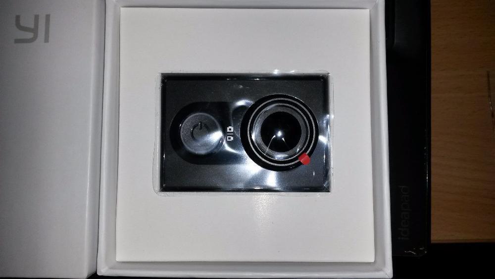 Экшн-камера Xiaomi Yi Action Camera Экшн-камера Xiaomi Yi Sport Black