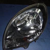 Фара передняя левая 03- белый поворотникRenaultKangoo1997-20078200236590