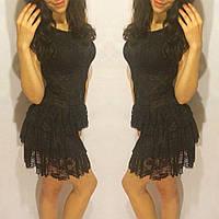 Платье черное из гипюра с оборками на юбке