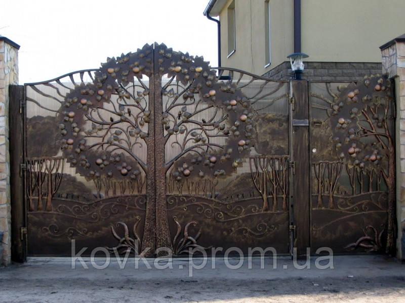 Элитные кованые ворота с калиткой, код: 01081