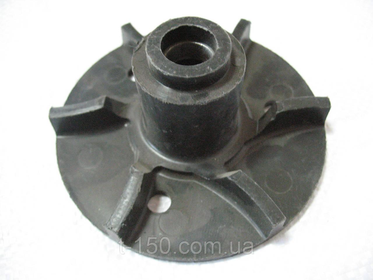Крыльчатка водяного насоса СМД-60 (нового образца) (72-13104,00)