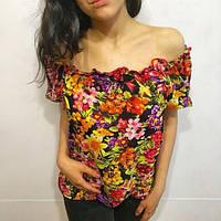 Блузка цветная с открытыми плечами