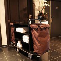 Тележка для уборки гостиничных номеров