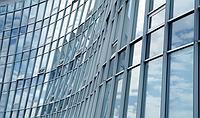 Алюминиевые конструкции,рамы,перегородки в магазины,балконные рамы
