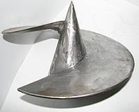 Литой наконечник для винтовых свай  102 х 250