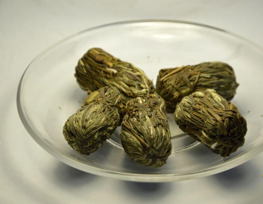 Китайский элитный чай Кан Най Синь Шарик с цветком гвоздики