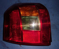 Фонарь задний левый хетчбэк -04Toyota Corolla2002-20078149813010