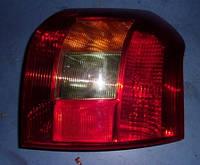 Фонарь задний правый хетчбэк -04Toyota Corolla2002-20078149713010