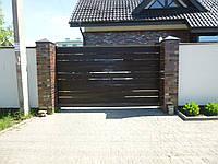 Ворота-металлический каркас с наполнением деревянной доской