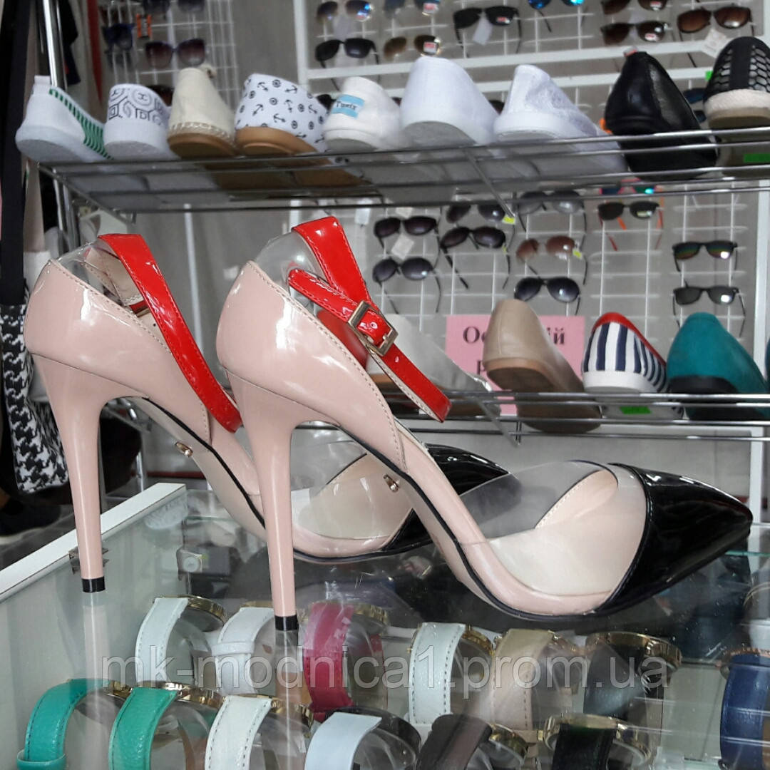 Туфли с силиконом на ремешке красная подошва