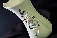 Белая ваза Румба с лепкой  и золотом