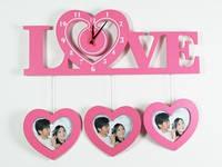 Настенные часы из дерева Любовь