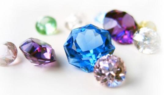 Как отличить голубой натуральный топаз от стекляшки и имитации