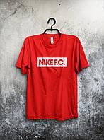Стильная спортивная мужская футболка Nike F.C красная