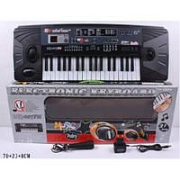 Детский синтезатор с микрофоном MQ-007FM, 37 клавиш, 10 ритмов, LCD-экран, питание 220V/батарейки АА