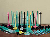 Подставки для кукол Monster High (разных цветов)
