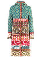 Стильное пальто IVKO Woman на молнии с капюшоном и ярким узором