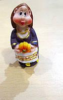 Подарок из Украины -  статуэтка Украинка с тыквой