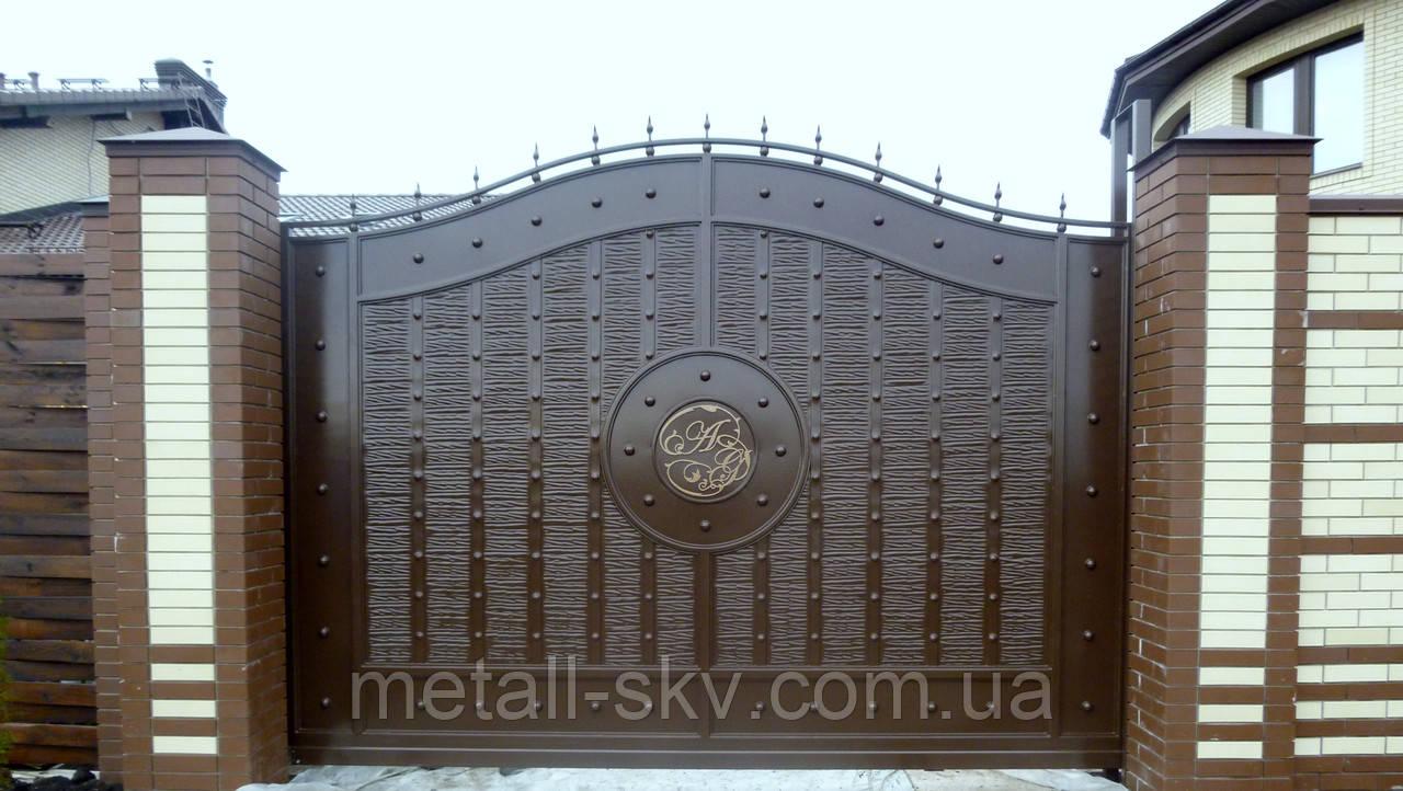 """Ворота жатые  однотонные  """"Эгида"""" с вензелем"""