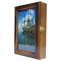 Ключница настенная деревянная 20х30см с фото под стеклом