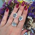 Серебряный комплект кольцо и серьги с золотом и голубыми камнями 34086-34087, фото 2