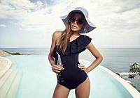 Женский цельный стильный купальник рюши