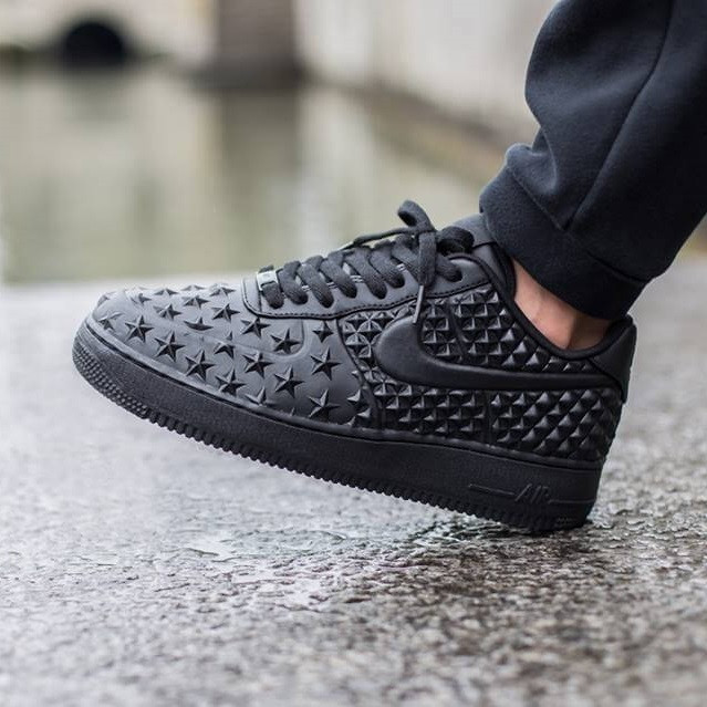 sports shoes 9a632 bbbc5 Кроссовки в стиле Nike Air Force 1 LV8 VT