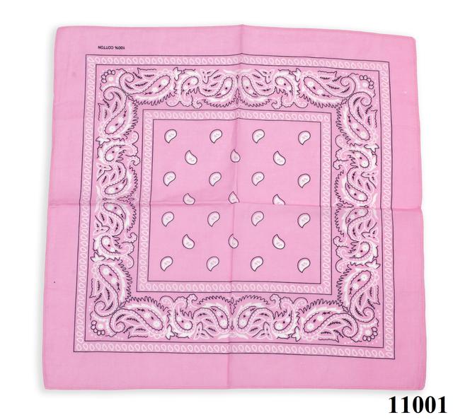 Бандана класическая розовая 1
