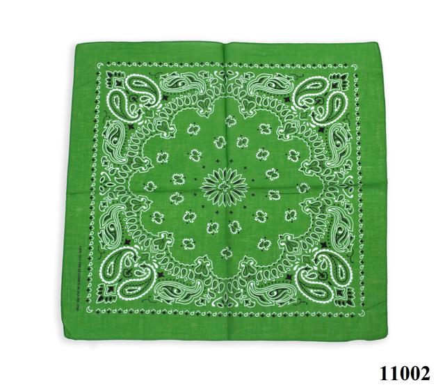 Бандана класическая лесная зеленая 1