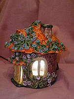 Керамический домик ночник - электрический светильник 12,5 см высота