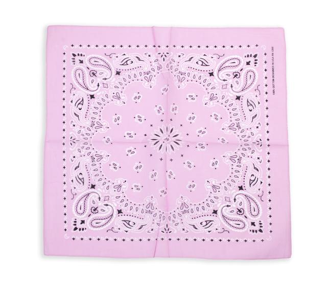 Бандана класическая бледно-розовая 1