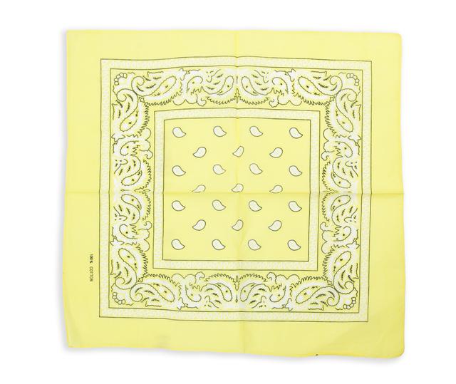 Бандана класическая бледно-желтая 1