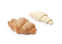 Французский круассан с карамельной начинкой