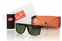Солнцезащитные очки оправа глянцевая черная  RAY BAN WAYFARER 8205