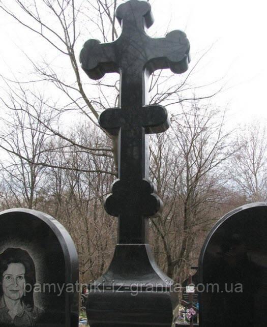 Крест из гранита № 13