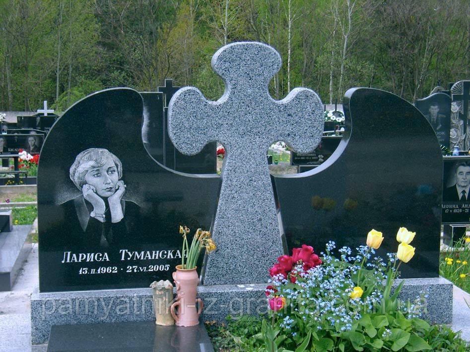Крест из гранита № 32