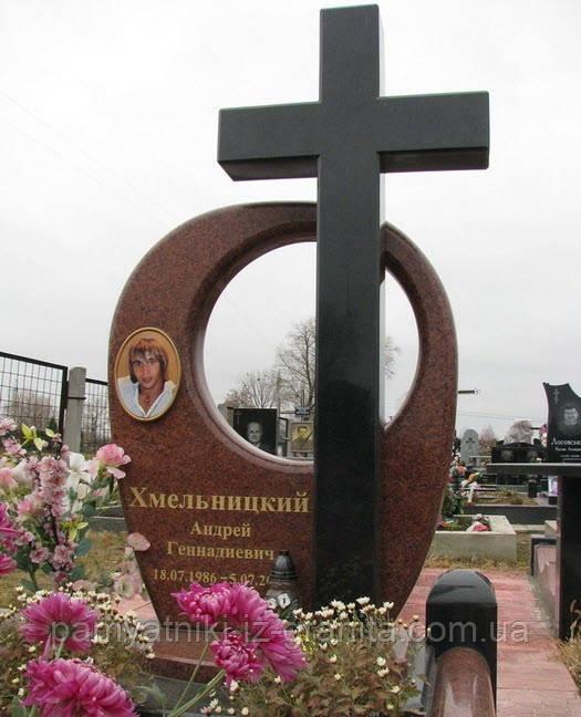 Крест из гранита № 33