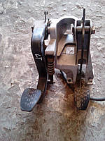 A9012902416, Педаль сцепления MERCEDES Sprinter W901-W905 00-06