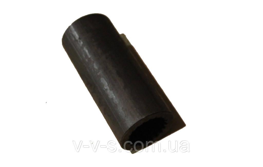 Втулка шлицевая (длинная) 4031828322 на косилку Е-281, Е-302, Е-303