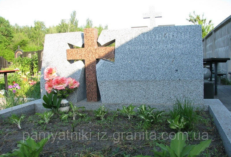 Крест из гранита № 69