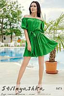 Короткий штапельный сарафан в горошек зеленый