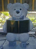 Детский памятник-скульптура Мишка